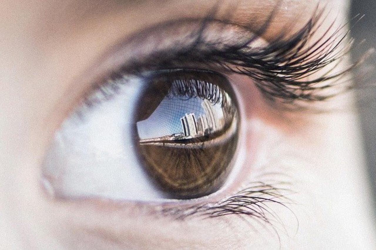 Soczewki kontaktowe a zespół suchego oka